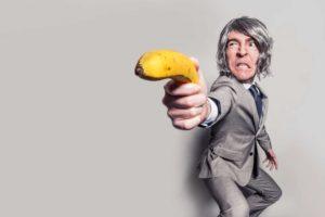 Bild von beklopptem Mann mit Banane